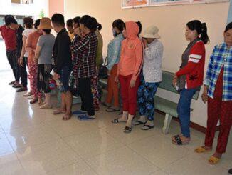 Bắt quả tang 'sới' bạc quý bà tại Bình Thuận