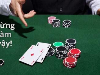 Bỏ ngay việc show bài trên bàn Poker