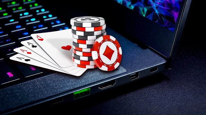Lý do nên bắt đầu chơi Poker Online ngay bây giờ