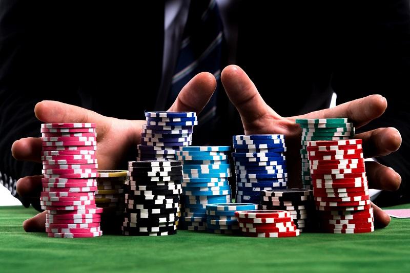 Bí quyết game thủ cần biết để 'bắt bài' đối thủ khi chơi Poker