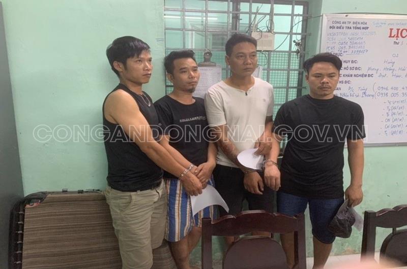 Đánh sập tụ điểm đánh bạc tại nhà dân ở Đồng Nai