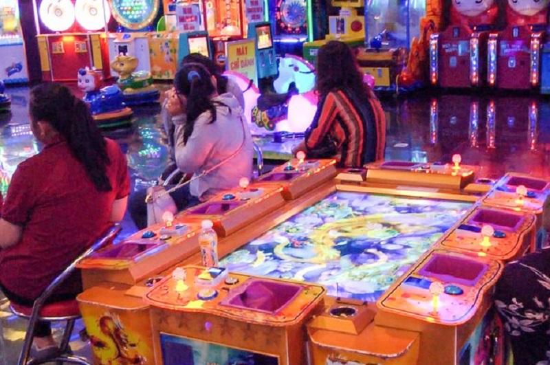 Rạch Giá: Tạm giữ 40 đối tượng đánh bạc trong một trung tâm thương mại