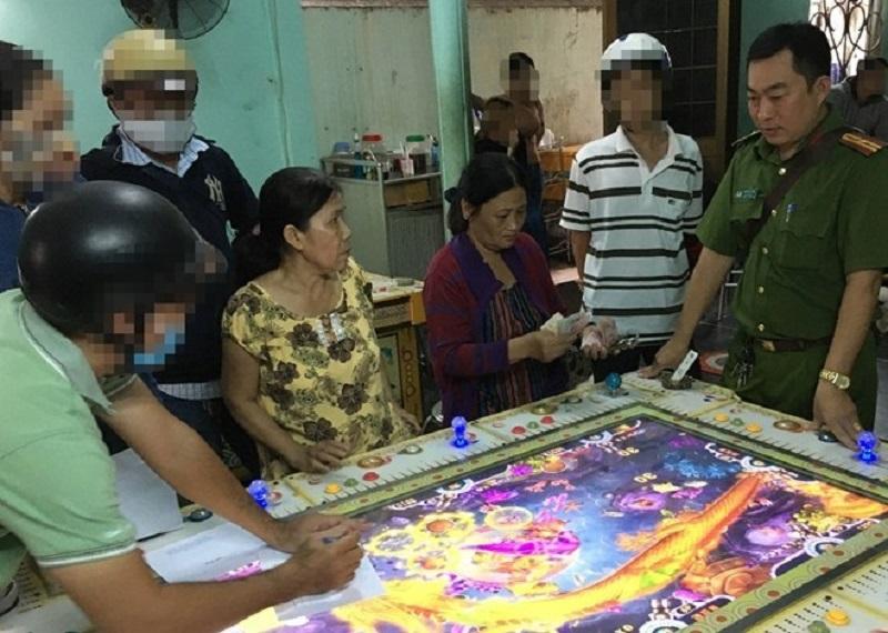 """Trà Vinh: Đánh sập tụ điểm đánh bạc dưới hình thức """"game bắn cá"""""""