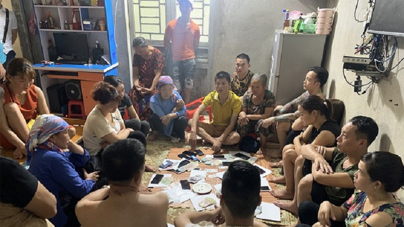 Triệt xóa ổ xóc đĩa trong phòng trọ tại Lào Cai
